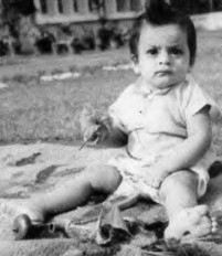 Shahrukh Khan as Kid