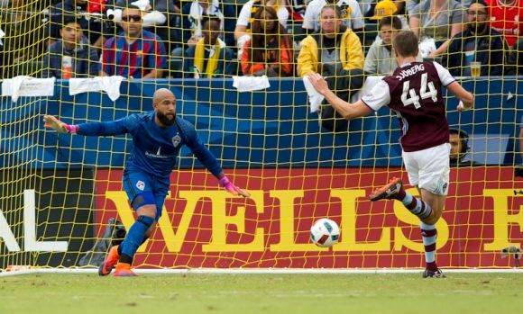 Tim Howard covers the goal at Stub Hub stadium in Carson, CA on October 30, 2016. Los Angeles Galaxy defeated Howard's Colorado Rapids 1 - 0. Photo by Michael Janosz.