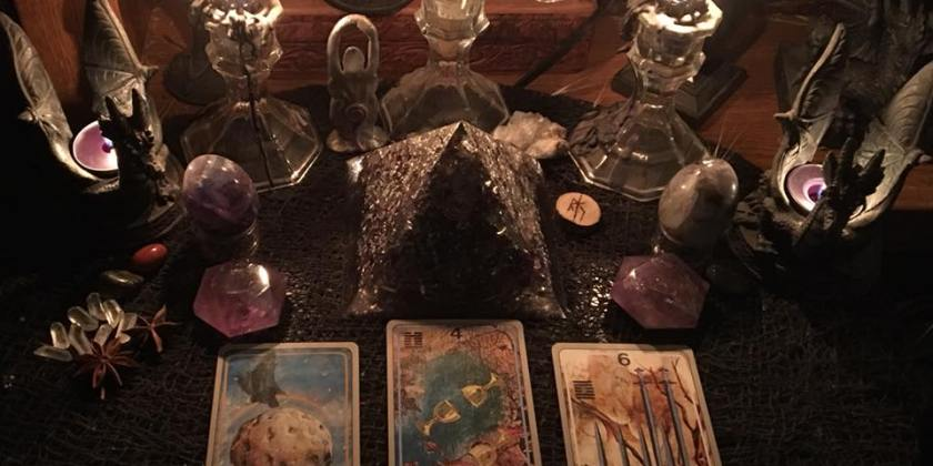 An Embarrassment of Riches or Just An Embarrassment? ~ Tarot for 11 January 2018