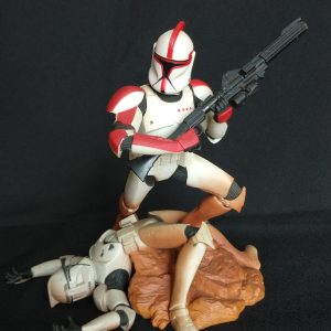 Star Wars Clone Trooper Unleashed Statue  Hasbro