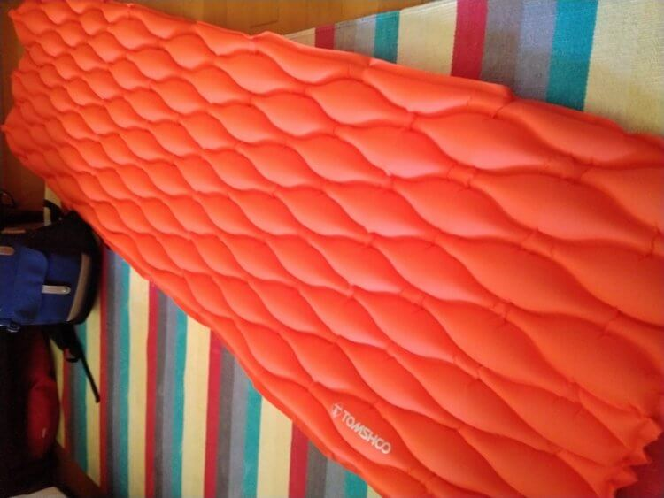 TOMSHOO Air Mattress Inflatable Bed Ultralight Sleeping Pad Camping Mat for Tent総評