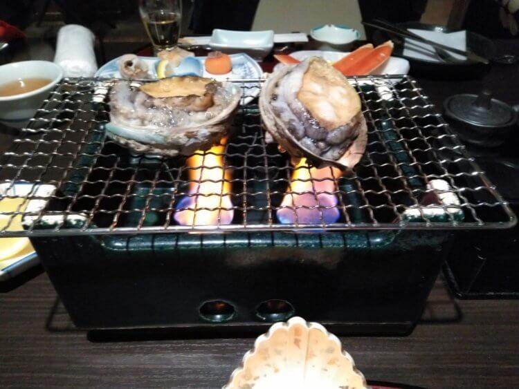 西伊豆小土肥温泉 茜色の海 あるじ栖(あるじす)アワビ踊り焼き