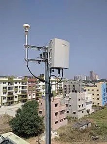 In-Building Wireless Coverage Solutions: Understanding DAS and Small Cells
