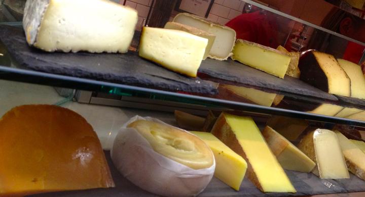 Murray's Cheese Bar