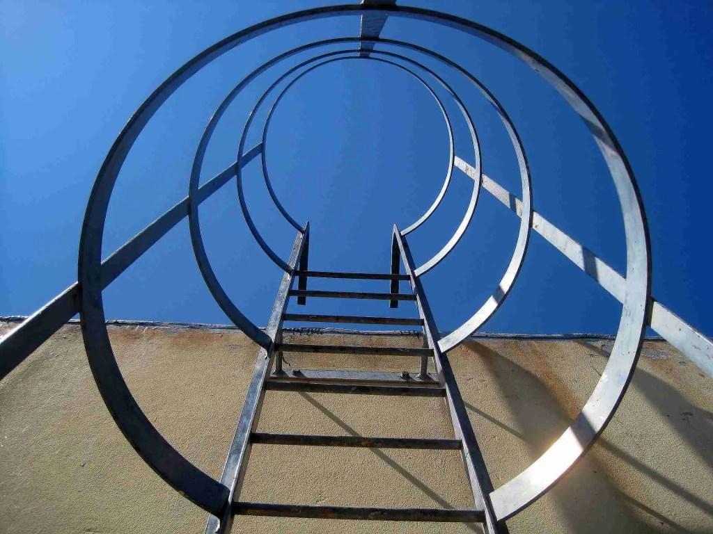 scale con gabbia artigianali in acciaio