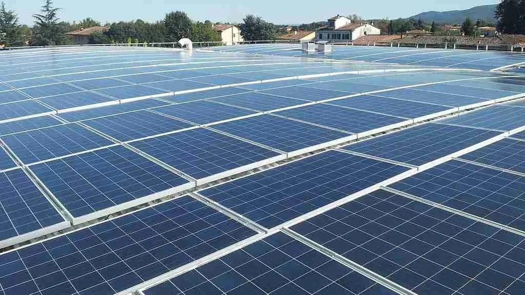 impianti fotovoltaici e sistemi anticaduta - parapetti non a norma