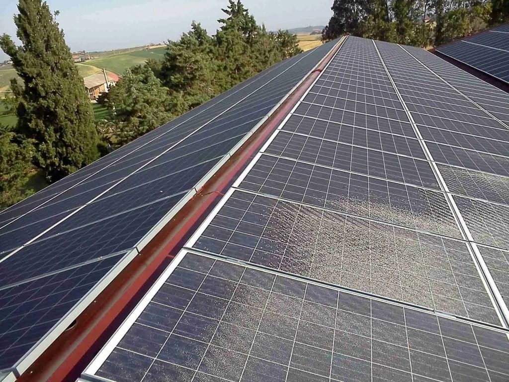 impianti fotovoltaici e sistemi anticaduta - nemmeno sul colmo