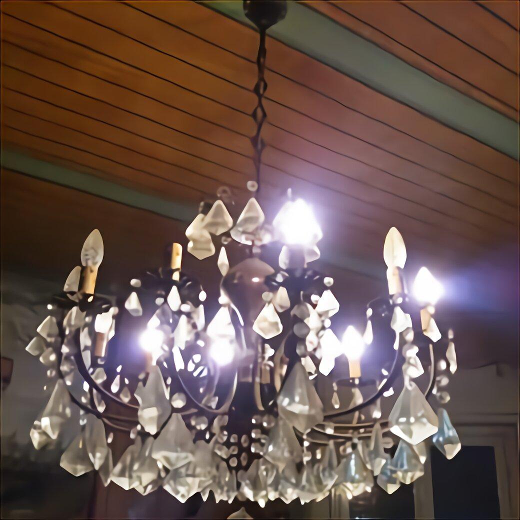 In ottimo stato, in ottone bronzato e cristallo, è perfettamente funzionante ed ha una resa notevole, grazie alle 10 luci. Gocce Cristallo Anni 70 Usato In Italia Vedi Tutte I 37 Prezzi