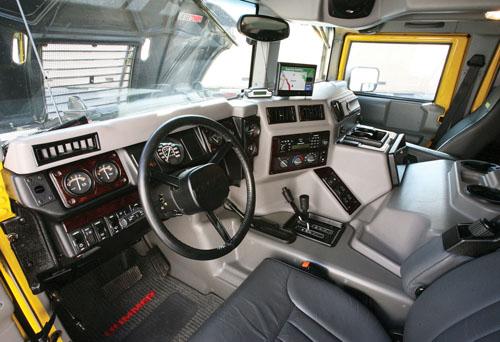 Hummer H1 Interior In 2 Motorsports