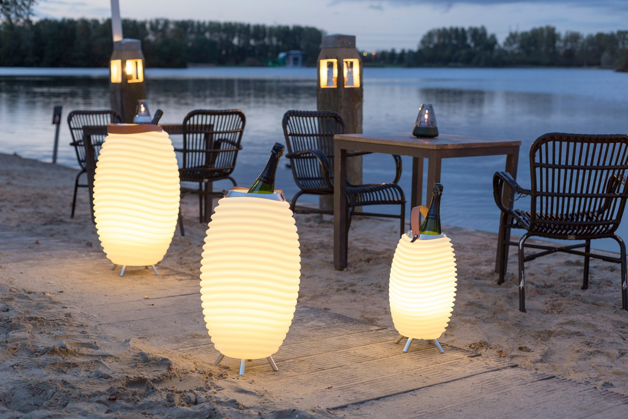 SYNERGY S LED-vloerlamp en geluidssysteem - in4ambiance on Synergy Outdoor Living  id=56289