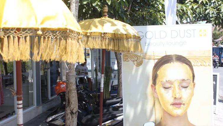 Gold Dust Beauty Lounge shop front