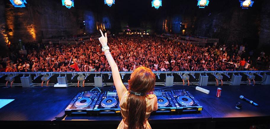 DJ Yasmin at Dreamfields