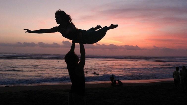 Sunset Circus practice @ Batu Bolong, Canggu