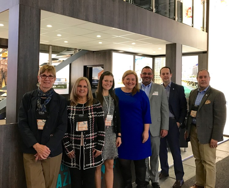 Gail Orr, Rockford IL CVB; Jan Kemmerling, Illinois Office of Tourism; Simone Saxer, Illinois Office of Tourism, Germany; Kristen Doss, Blue Man Group Chicago; Jeff Berg, Springfield (Illinois) CVB; Brian Said, Choose Chicago; and Arnaldo Altorán, Choose Chicago