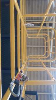 Escada marinheiro com trava quedas