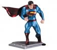 Superman The Man Of Steel Statue Jim Lee
