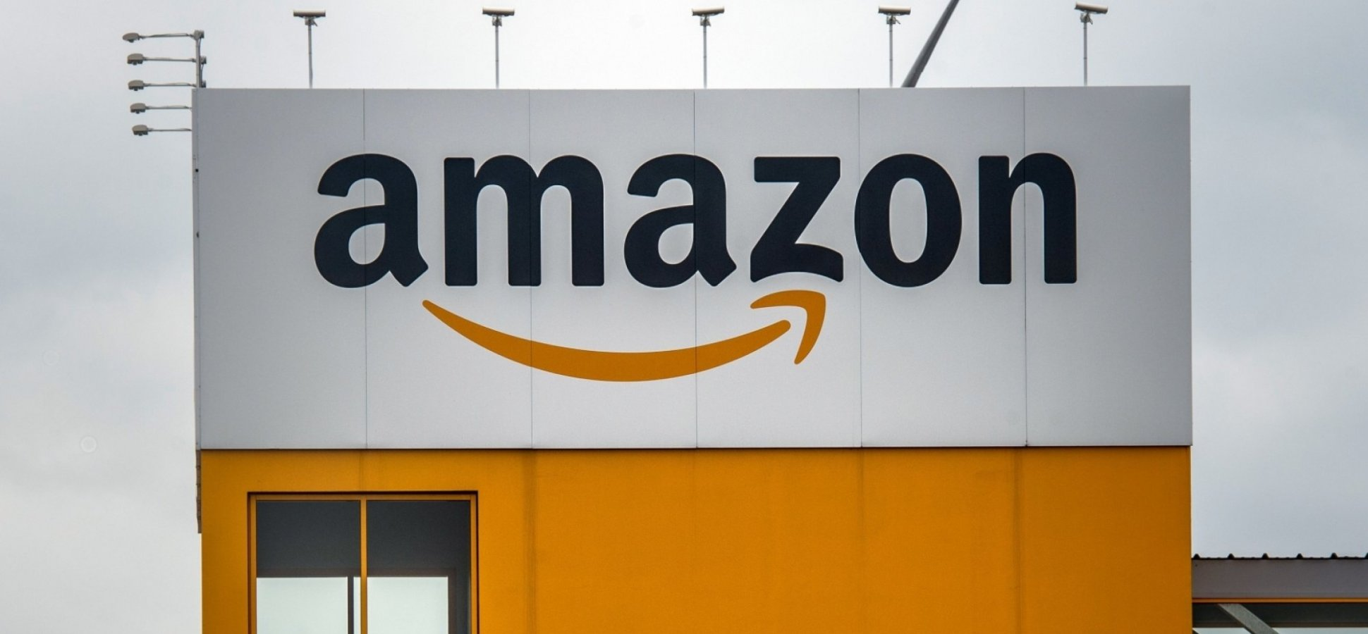 Amazon Is Paying Its Employees  12 000 to Train for a Job at Another     Amazon Is Paying Its Employees  12 000 to Train for a Job at Another  Company  And It s Brilliant   Inc com