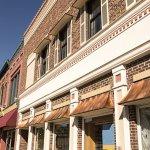 3 Reasons to Consider Small Towns for Entrepreneurship