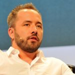 What Happened When the CEO of Dropbox Was Late to an All-Hands Meeting (About Being on Time)
