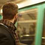 Want a Noticeably Less Stressful Workday? Harvard Research Says Do This 1 Counterintuitive Thing During Your Commute