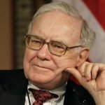 Warren Buffett Names 4 of his Favorite CEOs