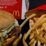 Dear McDonald's, This is How Many Fries Should Come With a Burger, According to a Harvard Scientist