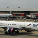Delta Airlines Is Giving Its Employees $1.1 Billion (and American Airlines Employees Aren't Happy)