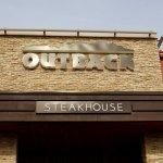 The Outback Steakhouse Server Who Was Fired for Complaining About a $735 No-Tip Customer Finally Got Something