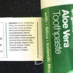 Composizione del dentifricio all'aloe di Dr. Organic