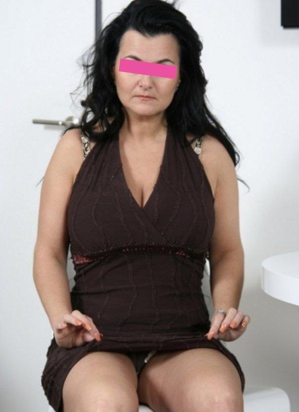 Donna matura per incontri a Enna seconda foto