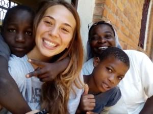 Alice stagista di Incontro fra i popoli a Bukavu