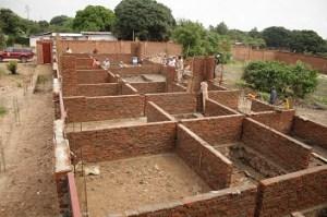 Costruzione del Centro Stefano Amadu a Uvira