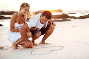 Couple_on_beach