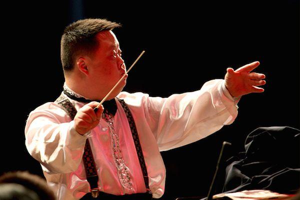 Zhou Zhou from China
