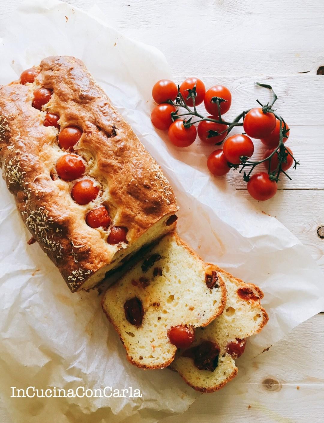 plumcake con pomodorini
