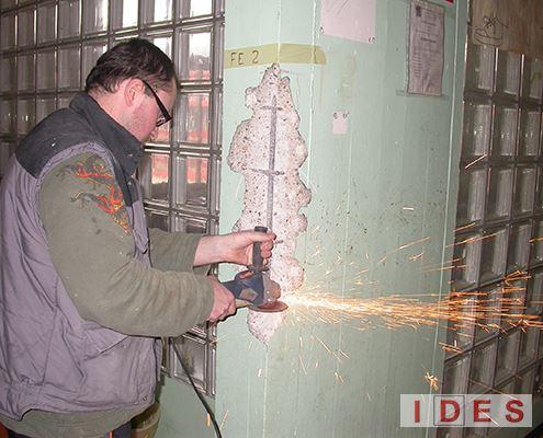 Prelievo ferro d'armatura