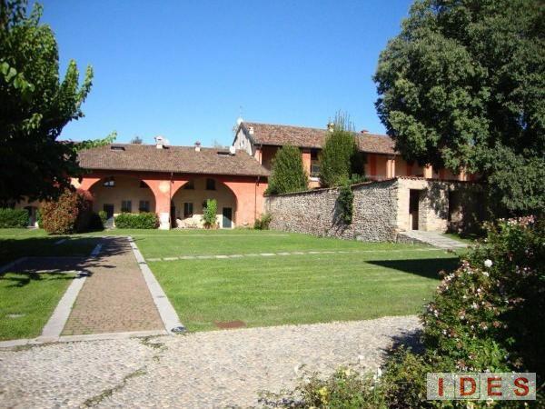 """Complesso residenziale """"Borgo Santellone"""" - Brescia"""