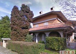 Villa bifamiliare in via Val Pusteria - Brescia