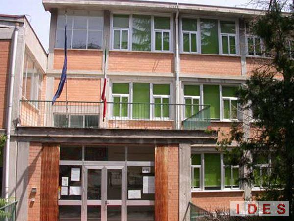 "Scuola Media Statale ""C. De Lollis"" - Chieti"