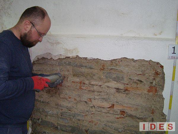 """Palazzo """"Laura"""" - Direzione Regionale Toscana e Umbria del Demanio - Firenze - Prove sclerometriche su mattoni"""