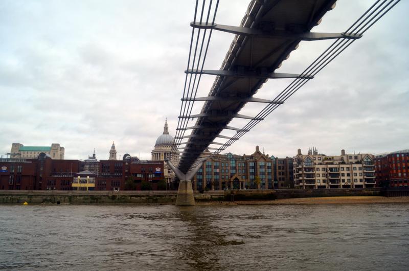 A belíssima Millenium Bridge