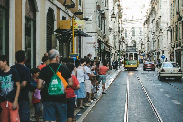 Como andar de tram ou bonde