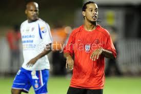 Ronaldinho naar Feyenoord om met jeugdvriend Bahia te spelen
