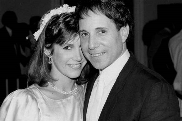 carrie_fisher_and_paul_simon