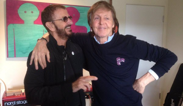 Ringo Starr en Paul McCartney samen in de studio