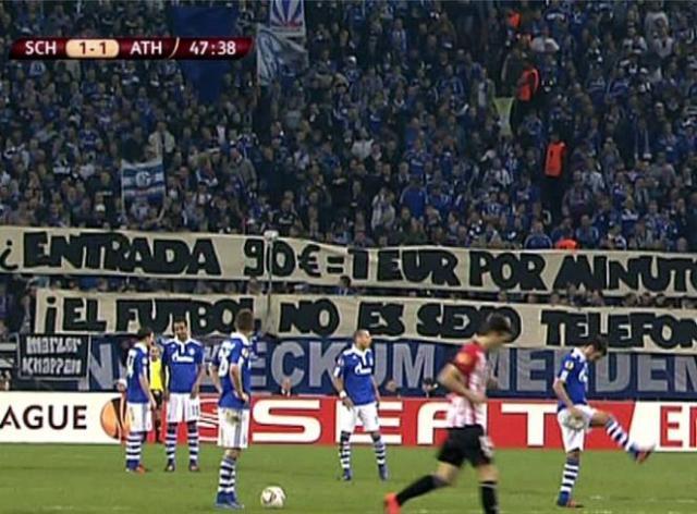 Entree: 90 euro = 1 euro per minuut. Voetbal is geen sekslijn!