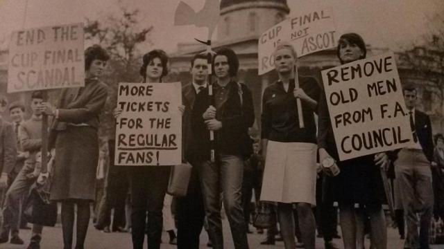 Against modern football 1962