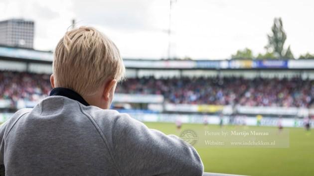 Penalty Sparta, dit jongetje vraagt zich af: Gaat Sparta scoren?