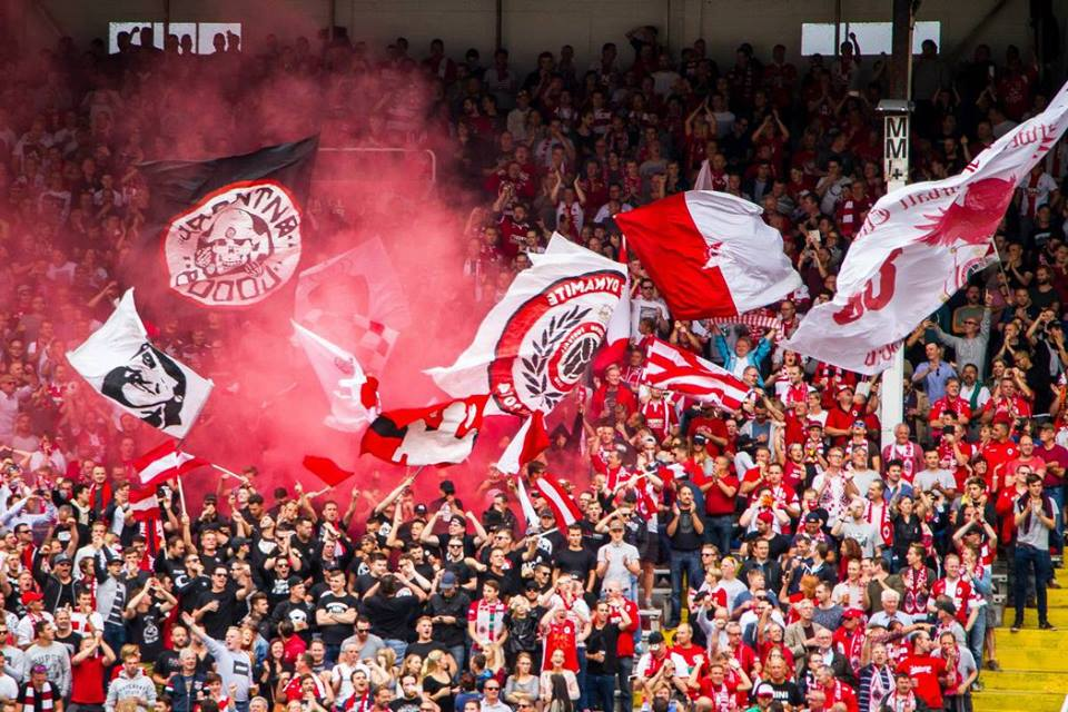 In may 2016 entrepreneur patrick decuyper convinced me to accept an advising role in the new project of the royal antwerp fc. Royal Antwerp Football Club Archives - In de Hekken