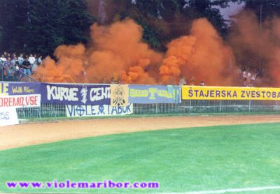 NK_Maribor_Supporters (17)